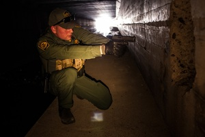 Unpaid Border Patrol Agent's Unbelievable Act of Bravery