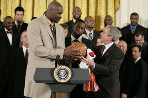 Shaquille O'Neal Stands Up for Gun Rights