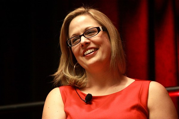 Sinema Promises to Be Thorn in Party's Side Next Year