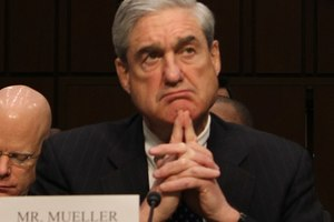 Central Figure in Mueller Report Linked to Clintons, Mafia