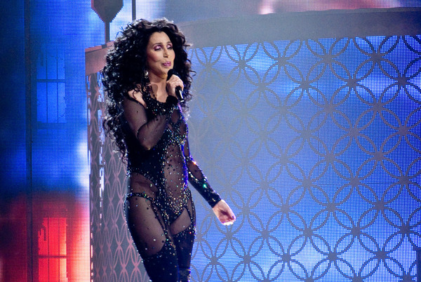 Cher Tells People to Take Immigrants Into Their Own Homes