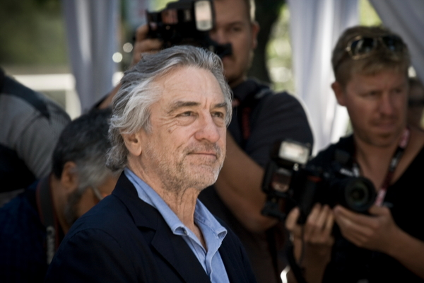 De Niro Launches Vulgar Attack on Trump