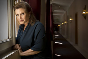 Carrie Fisher Dead at 60 Following Heart Attack
