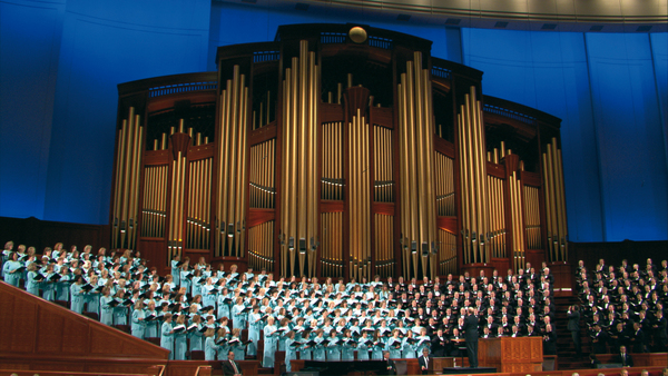 Singer Quits Mormon Tabernacle Choir over Trump Inauguration—See the Fiery Rant