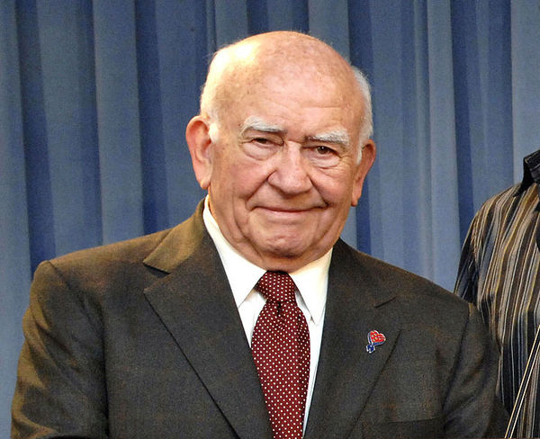 Ed Asner Remembers Mary Tyler Moore in Touching Tribute