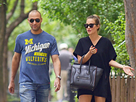 Derek Jeter to Become a First-Time Dad! Wife Hannah Expecting Baby Girl