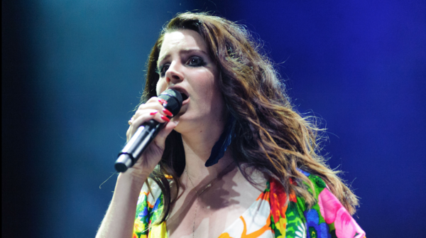 The Reason This Liberal Pop Singer Won't Fly the American Flag at Her Concerts Anymore