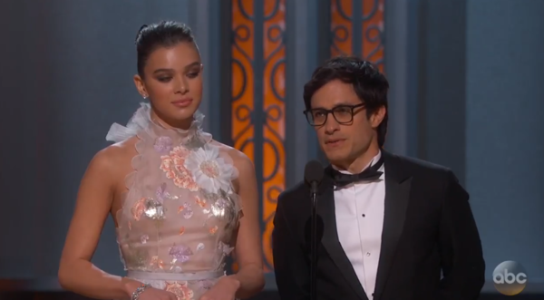 Mexican Actor Tears Down Trump Wall Comments During Oscars Speech