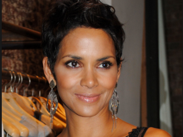 Bombshell Actress Halle Berry Shows off her Skills With a Gun
