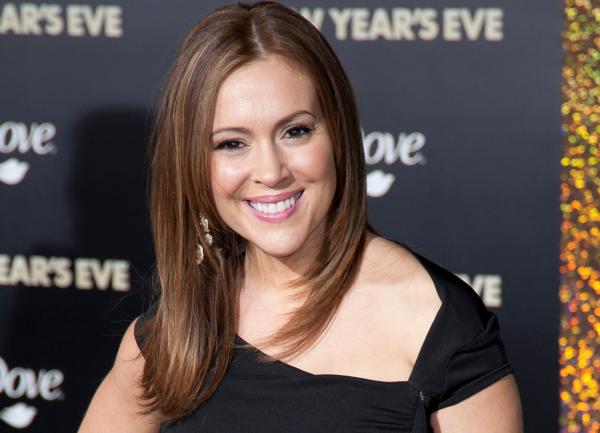Alyssa Milano Claims To Know The Secret To Beating Trump