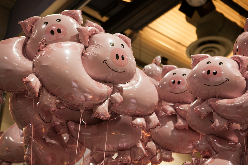 Trump Protesters Spend $250,000 on Pig Balloons
