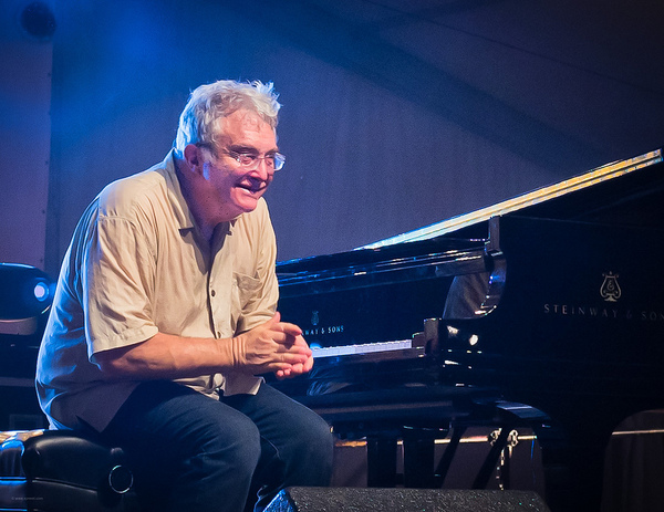 Randy Newman Just Sparked an Uproar With His Vulgar New Trump Song