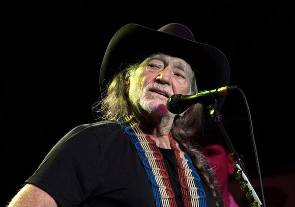 Willie Nelson Gets Involved in Texas Senate Race