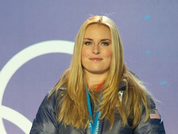 Skier Lindsey Vonn Announces Retirement