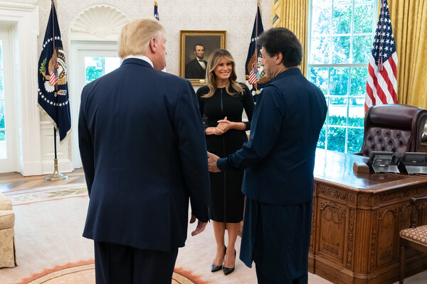 What Melania Wore Welcoming Pakistan's Prime Minister to The White House