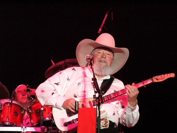 Country Legend Charlie Daniels Speaks Out In Support Of Veterans