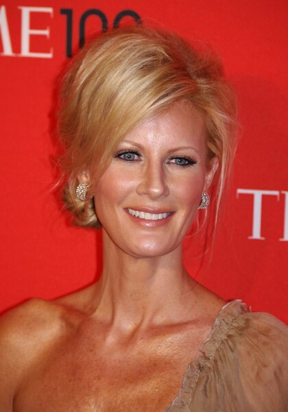 Food Network Host Sandra Lee Speaks Out After Breakup with Dem Governor Cuomo