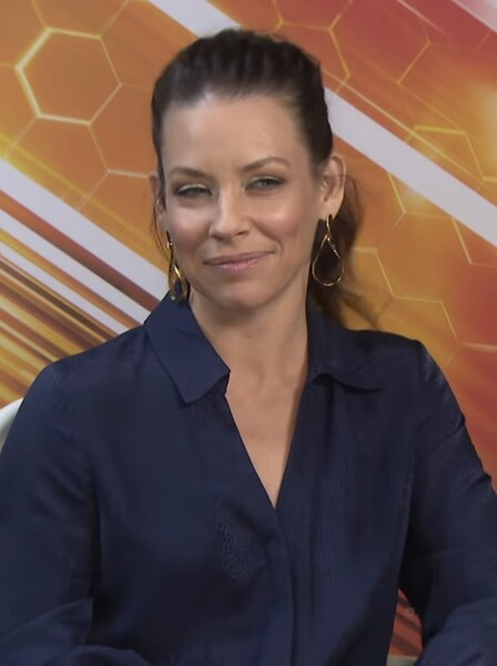 Marvel Star Evangeline Lilly Refuses To Quarantine, Claims She Values Freedom Over Her Life